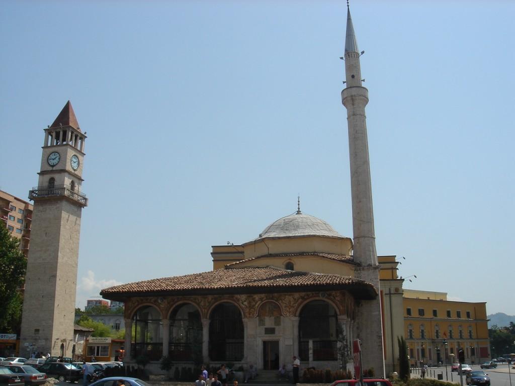 arnavutluk gezisi gezilecek yerler