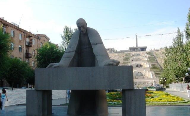 Gerald Cafesjiyan, Armenia