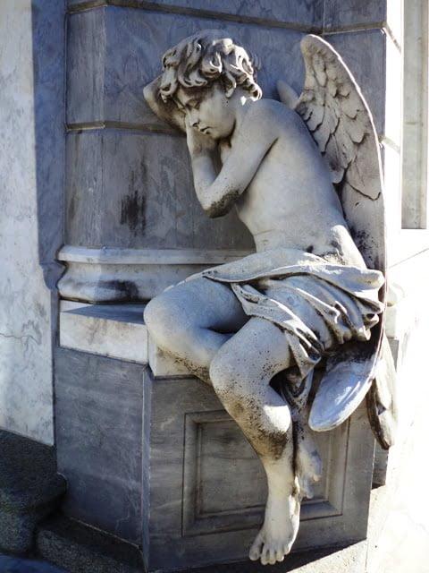 melek heykeli