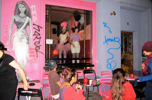 Barbie Deinhoff's Bar