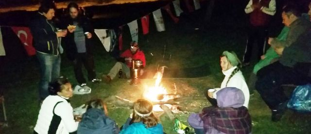 Başkonuş Yayla kamp ateşi