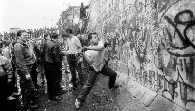 Berlin Duvarı yıkılması