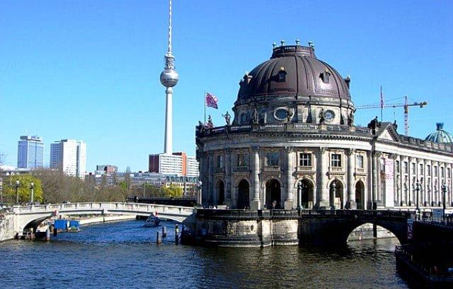 Berlin müzeler adası