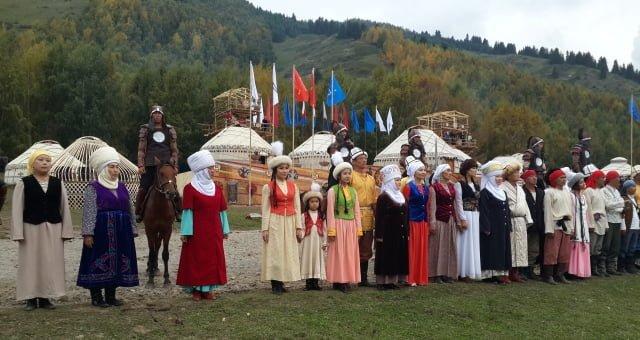 Kırgız halkı ve ülkesi hakkında bilgi rehberi