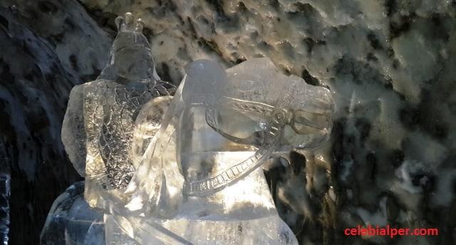 buz heykeller