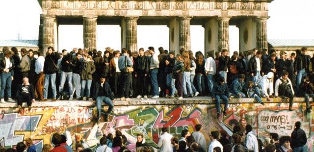 Doğu Almanya Batı Almanya birleşti