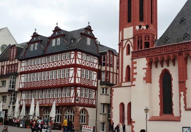 Frankfurt turları