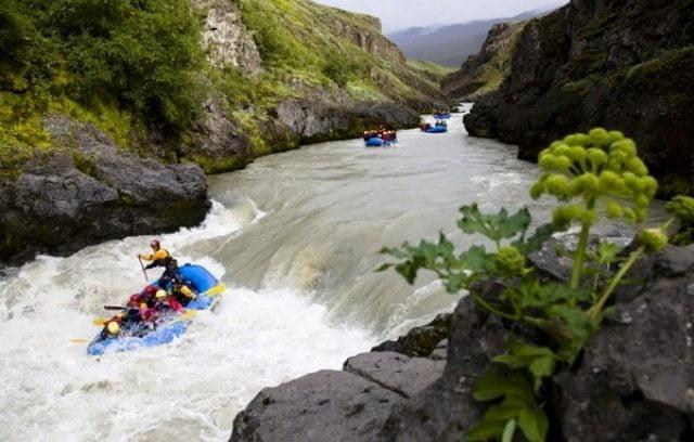 İzlanda rafting