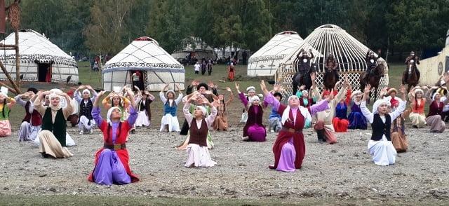 Kırgız gelenekleri