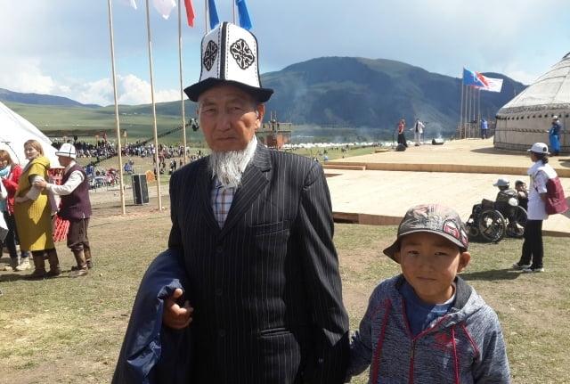 Kırgızistan gelenekleri görenekleri