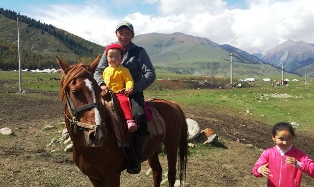 Kırgızlar örf ve adetleri