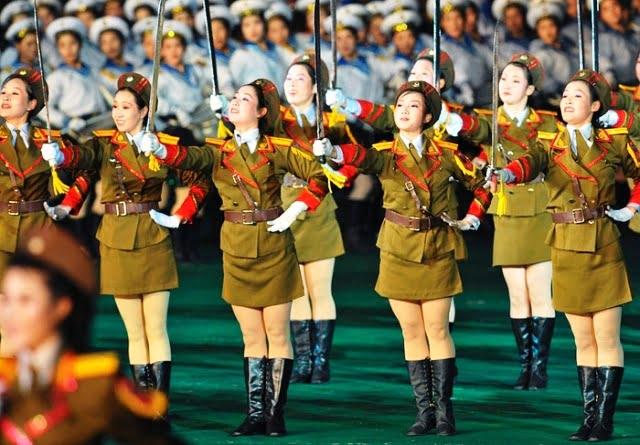 Kuzey Kore kızları