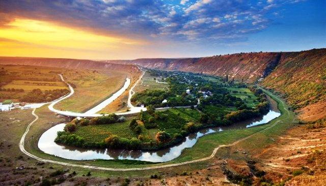 Moldova gezilecek yerler