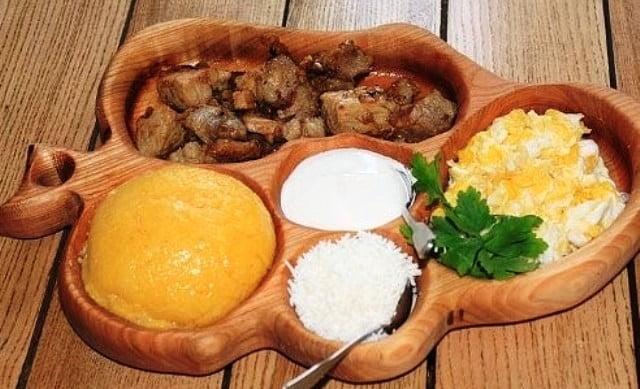 Moldova yöresel yemekleri