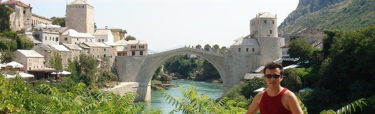 BOSNA-HERSEK - Savaşta yıkıldıktan sonra onarılan Mostar Köprüsü