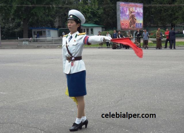kuzey kore polis