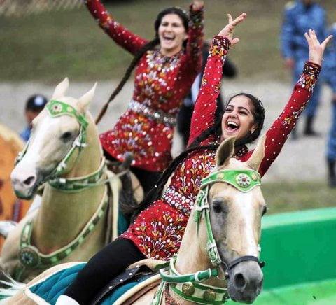 Orta Asya Türk kızları