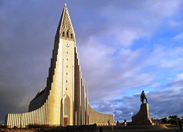 Reykjavik görülecek yerler