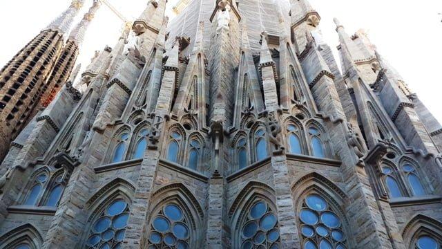 Sagrada Familia mimari özellikleri hikayesi giriş ücreti