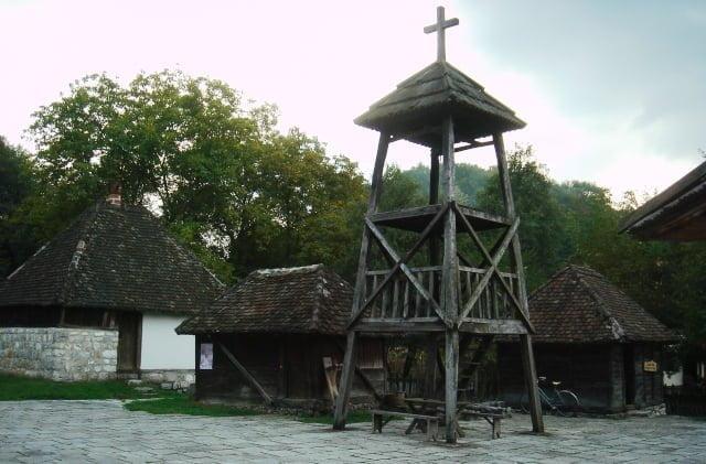 Sırbistan kilise