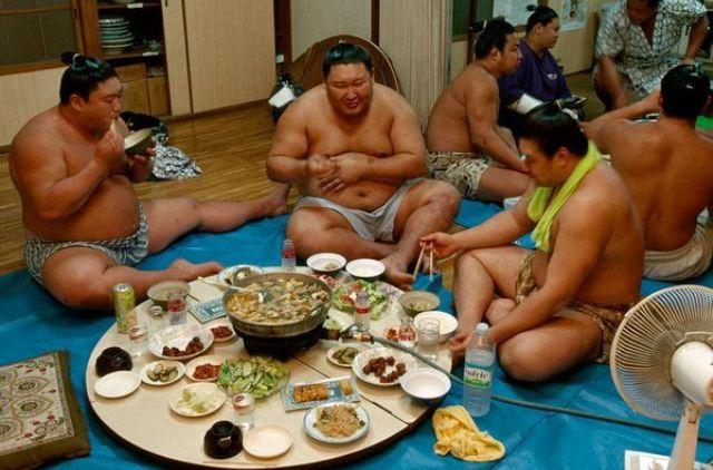 Sumo güreşçileri